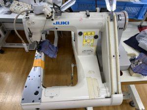 2本針巻縫いミシン